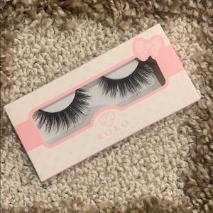 Koko queen b false eyelashes